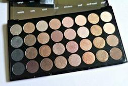 MAKEUP REVOLUTION Beyond Flawless EYESHADOW PALETTE 32 COLOU