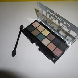 JUST REDUCED!  L.A. COLORS Eyeshsadow Palette in FLASHY