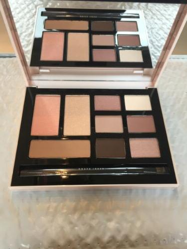 deluxe eye shadow and face palette