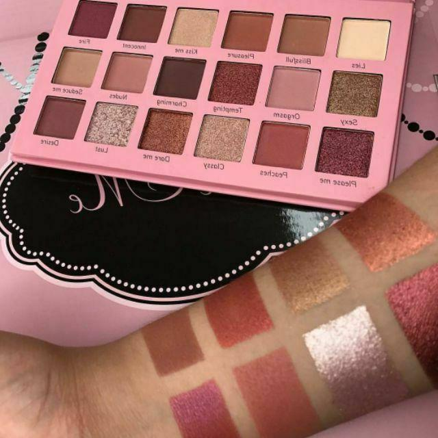 Beauty - Me Eyeshadow Palette - 18