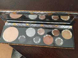 MAC Girls Qween Supreme 8 Color Eyeshadow + Highlighter Auth